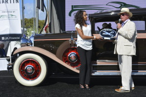 1930-Marmon-Sue-Marcione-Aubrey-Taylor-Award-of-Excellence-for-Best-Upholstery-300x200 car show