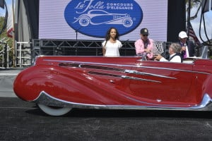1939-Delahaye-Peter-and-Merle-Mullin-and-the-Mullin-Automotive-Museum-Peoples-Choice-Award-Philip-Wichard-Memorial-Trophy-300x200 car show