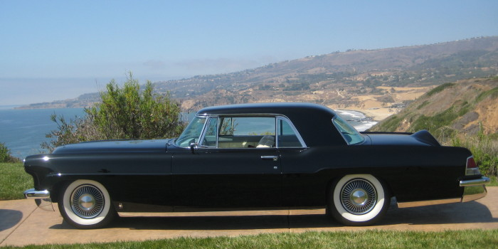 Hoffman-1956-Continental-Photo-1-700x350 car show